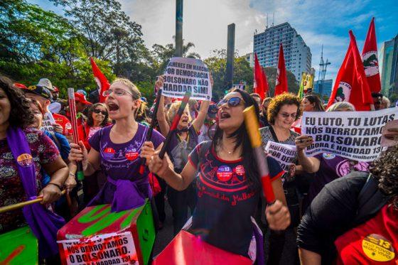 Aumenta no mundo a repressão sobre trabalhadores