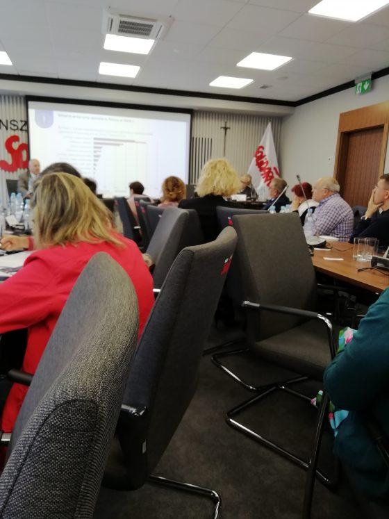 Seminário internacional avalia promoção da saúde dos trabalhadores