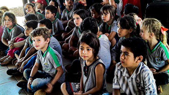 Camponeses brasileiros lutam pela terra
