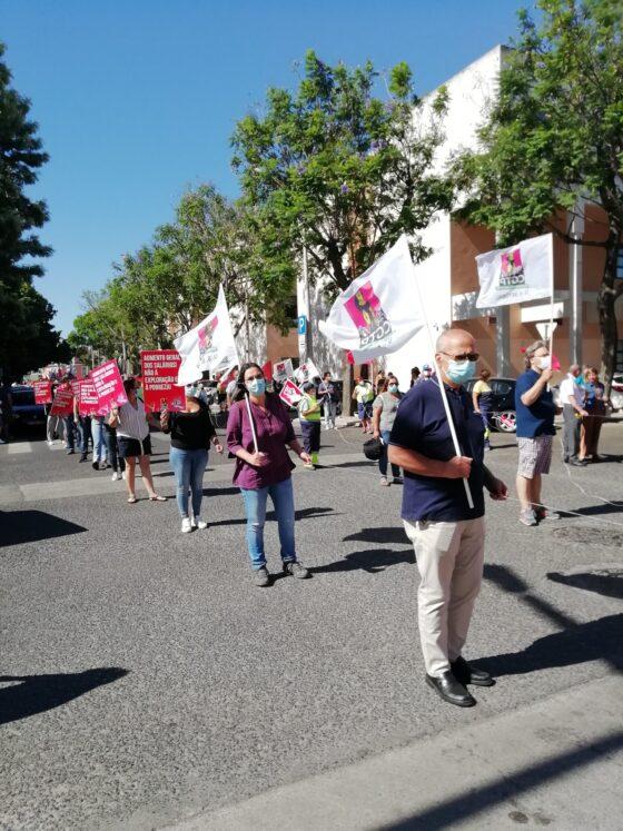 Sindicatos de Setúbal marcham contra o desemprego e temem nova crise social