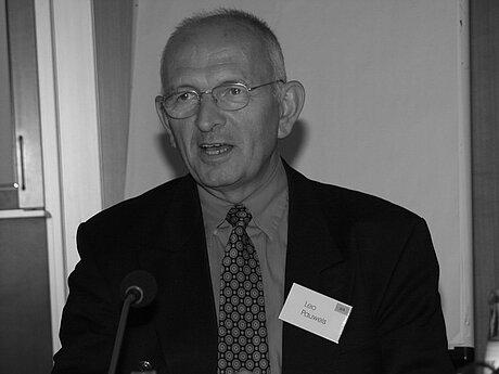 BASE-FUT lamenta morte de Leo Pauwels